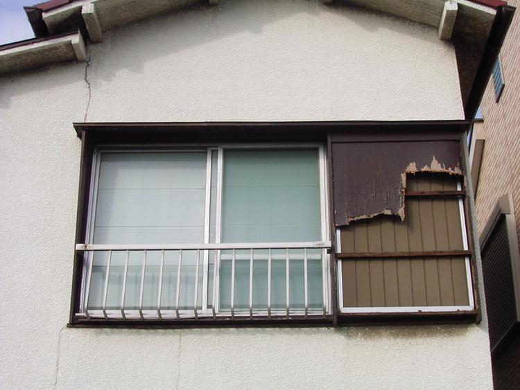 木製戸袋の鏡板の張替と塗装/稲...