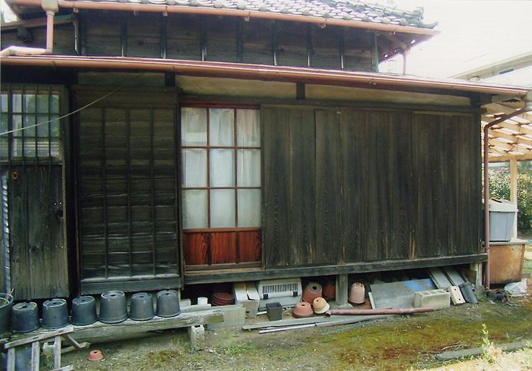木製雨戸からアルミ軽量雨戸へ取...